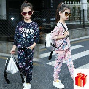 Hot 2020 Primavera e coreano Graffiti em torno do pescoço manga comprida Sports Suit Casual doce Duas peças Outono Nova Crianças de 4-12 anos