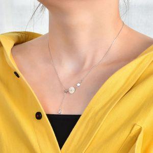 Korean fashion simple daisy necklace female clavicle necklace small fresh daisy diamond bracelet set wholesale