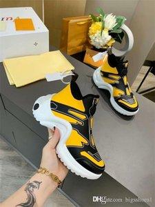 2020 Pattini della piattaforma di modo Trainer Uomo Donna Black Leather Casual Arena Sneakers35-46