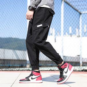 Japanese Style Fashion Men Jeans Loose Fit Big Pocket Casual Cargo Pants Homme Slack Bottom Streetwear Hip Hop Joggers Pants Men