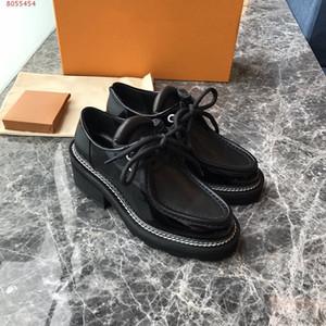 Ngouxm 2020 Весна Женщины лакированной кожи женская обувь дерби плоская платформа Silver BROGUE Баллок Обувь женская Женский Flats