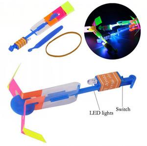LED Flier Flyer LED Fliegen Erstaunlicher Pfeil-Hubschrauber-Fliegen-Regenschirm Kinder Spielzeug Erstaunlich Schuss Aufleuchtenblinken Parachute Geschenke Sea Shipping OOA2245