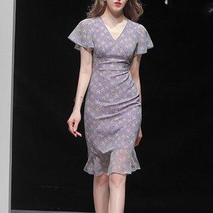 Summer clothes 2020 Western women's temperament sexy slim chiffon waist slim medium and long dress floral dress
