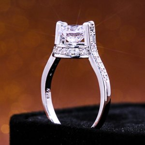 AprilGrass Brand Trendy Creative Women Ring Super Clear Stone Suspension Middle Cubic Zircon Design Surprise Gift For Girlfriend Hot Sale