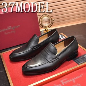 18ss 2020 Hot Sale luxurious Men Sickle Suede Casual Shoes Flat Slip-on Dress Shoes Large Size Pointed Toe Solid Color Wedding Loafers 38-45