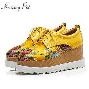 Krazing pot 2020 genuine leather square toe flat platform oriental Chinese style embroidery women causal shoes high quality L31