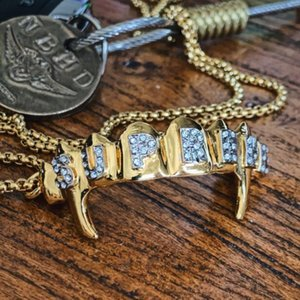 19SS Box Logo High quality gold teeth key ring tooth socket water drill hip hop fashion chain necklace