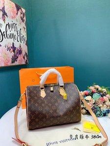 2020 high quality fashion handbag men women shoulder bag storage multi-capacity Messenger bag wallet travel backpack waist bags Belt bag17