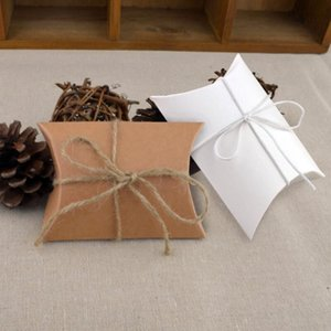 Hot événement mignon de papier Kraft oreiller boîte-cadeau de mariage Favor Party Favor Boîtes bonbons cadeau papier cadeau Boîte Sacs alimentation LX2489