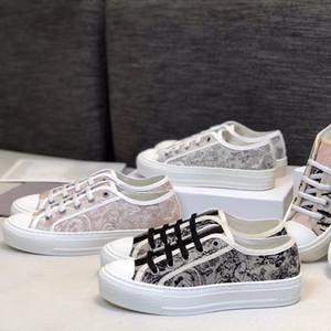 Luxurys Designs Donne Oblique Walk'n Sneaker Multicolor ricamo Lace-up delle scarpe da tennis della piattaforma dei pattini delle ragazze addestratori correnti con la scatola EU40