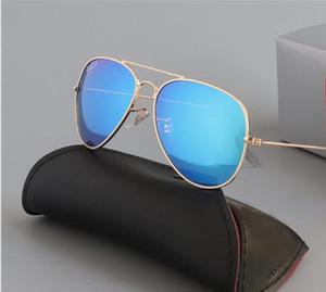 Haute qualité Lunettes de soleil aviateur Vintage Pilot UV400 Protection des femmes des hommes Miroir Objectifs pilote Metal Frame Lunettes de soleil avec la boîte Case 3025