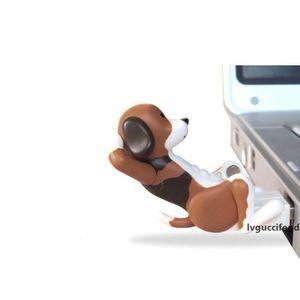 Nuevo mini linda divertida del USB Humping perro de juguete del punto Gadgets Humping portátil USB alimentado perro para un regalo para los PC