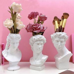Resin Flower Pot Vase Home Decoration Pen Holder Makeup Brush Storage Box European Decoration David Sculpture Model Sketch T200703