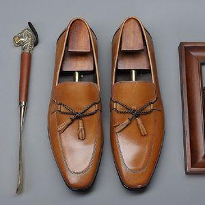 Estilo britânico Primavera Outono New Fringe bowknot Handmade costura de couro Plus Size Genuine 47 48 Homens de negócios preguiçoso Shoes 200723
