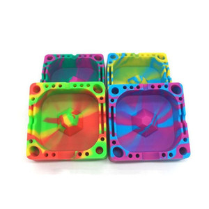 Colorful Square Silicone Ashtray , Ash Holder For Smokers , Cigarette Ashtray For Home Office Decoration MOQ 10 Pieces