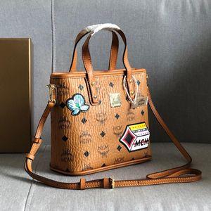 Classic Mini senhoras saco de compras de luxo de moda 3D tela de seda de bolsas de coelho europeu e grande capacidade de ombro saco ocasional selvagem americano