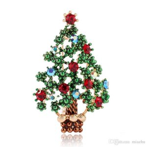 Wholesale Fashion Accessories Rhinestone Green Tree with 18K Gold Plated Christmas Brooch Pin