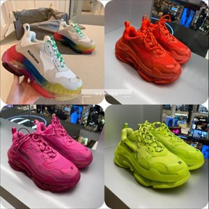 2020 New Arrival Fashion Triple S Men Women Running Shoes Sneakers Clear Sole Red Des Chaussures Triple-S Jogging Walking Trainers Shoes