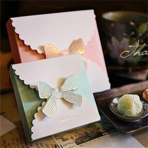 Western Style Jewelry Fold Scatole Carta bianca regalo caso della farfalla di Bowknot Organizzatore Gilt Scatole pasticceria Candy Presente Imballaggio Moda 0 75mz B2