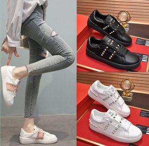 Klasik Trend Yüksek Kalite Moda Erkekler Kadınlar Kız Sıcak 2020 Yeni Gerçek Deri Klasik Perçin Platformu Sneakers Günlük Ayakkabılar