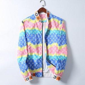 2020 Mens designer Jacket Hooded Windbreaker Jacket For Men Women Autumn Winter Zipper Outerwear Coat Fashion Floral Print Design Jacket