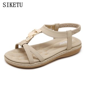 الصنادل SIKETU الصيف الجديدة للمرأة الأزياء البوهيمية الناعمة الصنادل أسفل الترفيه قيادة مريحة شقة جرافات امرأة