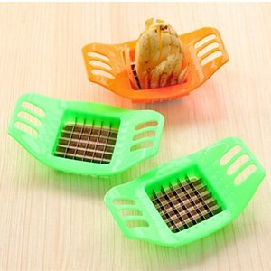 Creativo Patate Cutter cucina gadget 2pcs patate Striscia di taglio strumento per fare Affettaverdure Chips Cutters