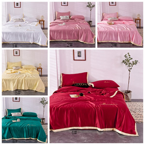 Summer Solid Quilt Gift Quilt Washable Silk Summer Thin Quilt 3 Sizes Cotton Down Cotton Comfortable Household Bedding Supplies VT1407