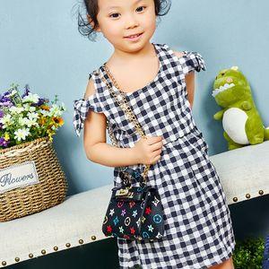 Gratuit DHL INS Mode enfants mini-sac petites filles une épaule sac à main des filles de style sac à main sac boucle en métal enfants sac dame princesse