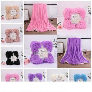 Fleece Blankets 130*160cm Fluffy Plush Throw Blanket double-faced pile Air Conditioning Blanket Solid Wedding Bedspreads Bedding GGA1243