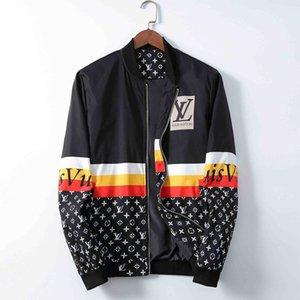 Men's Fashion Jacket Mens Windbreaker Long Sleeve Plus Size M-3XL Mens Jackets Zipper Pocket Men Casual Hoodie Coat Plaid Jackets qe8