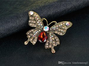 Lovely butterfly shaped brooch Hot selling high-grade diamante alloy brooch Used for fashion clothing scarves accessories