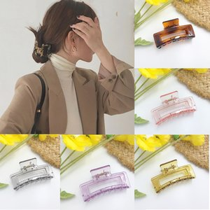 Ruoshui Woman Transparent Hair Claw Girls Hair Accessories Women Crab Women Ornaments Headwear Hairgrip Hairpins Clips