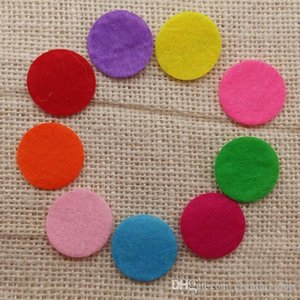 Mixed colors Spacers Round Heart Pompon Felt Pads for Essential Oil Diffuser Perfume Lockets Aromatherapy pendant Necklaces jewelry making