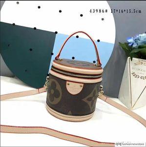Womans New Saddle Bag Real Leather Handbag Oblique Shoulder Bags Designers Crossbody Messenger Bags Wallet Christian bags Women's purse B060