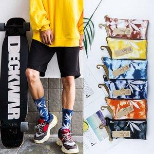 Temporada novas moda esportes patim moda basquete algodão tingidas de basquete meias bordo dos homens embarcar meias folha socksmaple