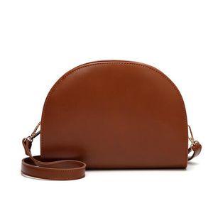 Kadınlar Çanta Yağ Wax Deri Crossbody Çanta yarım daire Bayanlar Yaz Omuz Messenger PU Çantalar