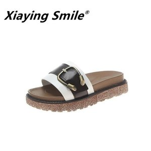 Xiaying Smile Sandals and slippers women wear summer 2020 new thick bottom fashion wild word student flat bottom beach slippers Y200624