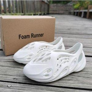 Calcetines libres para niños niños bebé zapatos zapato de la espuma corredor de inyección de eva zapatillas de diapositivas playa zapatilla de verano Kanye West diapositivas