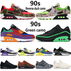 Acquista New Cushion 90s Running Shoes Mens Reverse Duck Camo University Red Hyper Grape OG Triple Nero Bianco Multicolore Donna Sneakers
