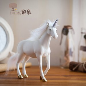 Unicorn Resin Home Decoration Accessories Modern Living Room Crafts White Horse Statue Ornament Office Table Decoration Gift LX T200710