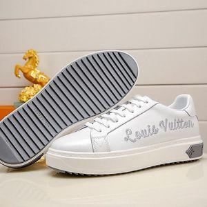Luxury Men &#039 ;S Shoes New Arrival Fashion Classic Comfortable Sports Shoes Lace -Up Plus Size Vintage Men Shoes Lightweight Sneakers Dro