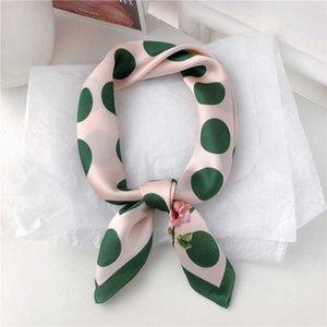 Cinta de cabeza Dolphin Square bufanda 70 * 70 verde oscuro punto rosa de gasa de seda Pañuelos elegante impresión de la flor de la venda del pañuelo