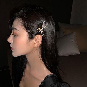 Scissors Shape Rhinestone Hairpins Women Girls Hair Pins Barrettes Wedding Bridal Styling Fashion Diamond Hair Clips HHA1452
