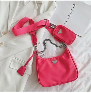 Geldbörse Haken 2020 neue Damen Achsel Beutel Art und Weise eine Schulter Umhängetasche Qualitätsminihandtasche Handtasche Leder Gepäckanhänger