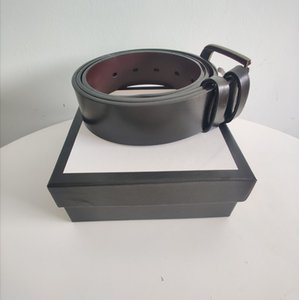Vendita calda unisex Lettera pulsante cintura in pelle di alta qualità Uomo Cintura nera di metallo di rame Fibbia donna Cinture Accessori di moda del rifornimento all'ingrosso