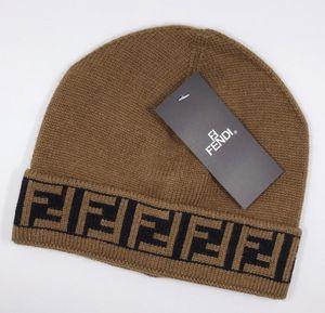 أحدث أزياء الرجال والنساء مصمم القبعات كبار FF COMPANY جودة العلامة التجارية قلنسوة التريكو التطريز الصوف الرياضة في الهواء الطلق قبعات قبعة الجمجمة