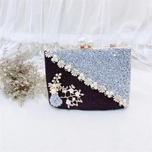Abera Neue Handtaschen Weibliche Perlen Patchwork Scrub Abendtaschen Frauen Metall Blume Hochzeit Kupplung Handtasche schwarz MN1383 glänzend