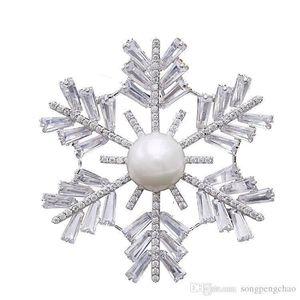 2019 hot sale high-grade Korean female brooch snow copper inlaid zircon luxury pearl brooch temperament women fashion wild pin brooch