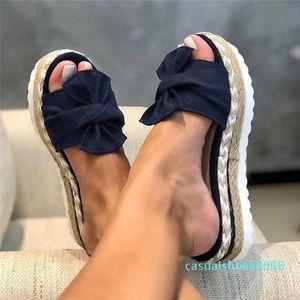 O verão Flip Flops Mulheres Chinelos Bow sandálias Ladoes Grosso inferior Cunhas Chinelos Casual Shoes Sandálias de mujer c09 L16